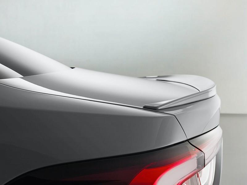 2021-Toyota-Corolla-Sedan-GR-Sport-European-spec-17