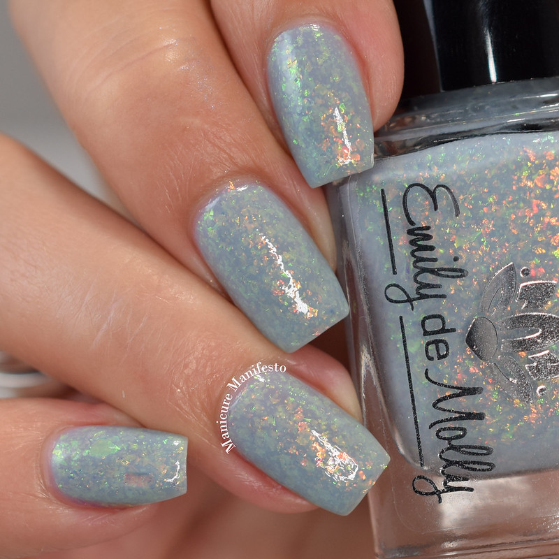 Emily De Molly Dry Land swatch