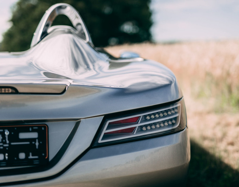 Mercedes-SLR-McLaren-Stirling-Moss-27