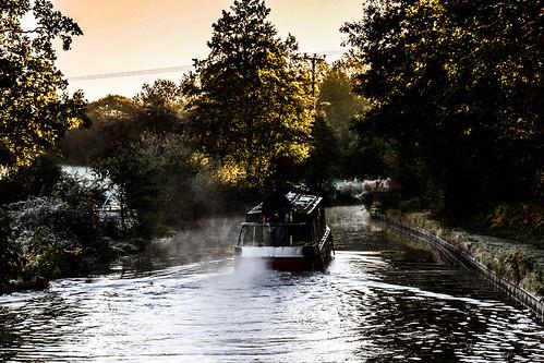 narrowboat llangollencanal exhaust canon water trees field frost sunrise maljonesphotography shropshire
