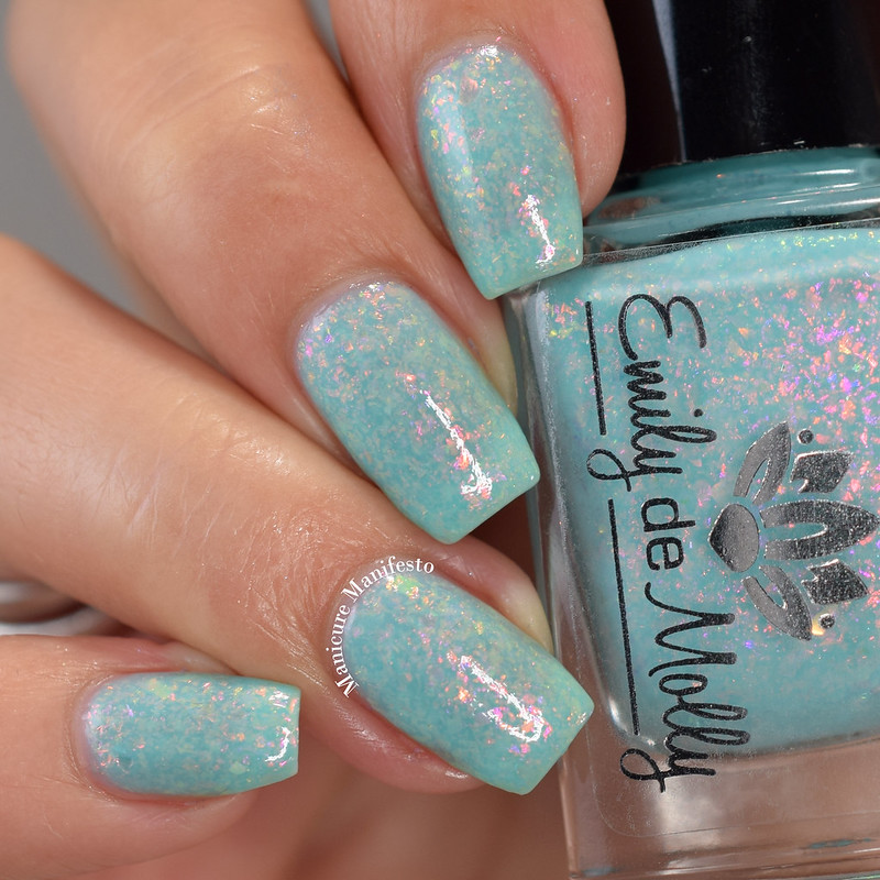 Emily De Molly Layers Of Love swatch