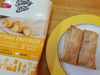 Simply Wize Custard Pastries