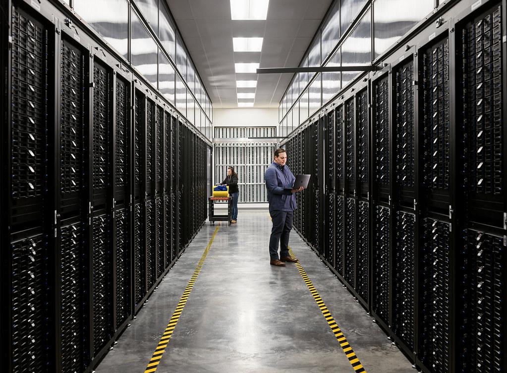 自 2014 年起,Apple 的所有資料中心均採用 100% 的再生能源供電。
