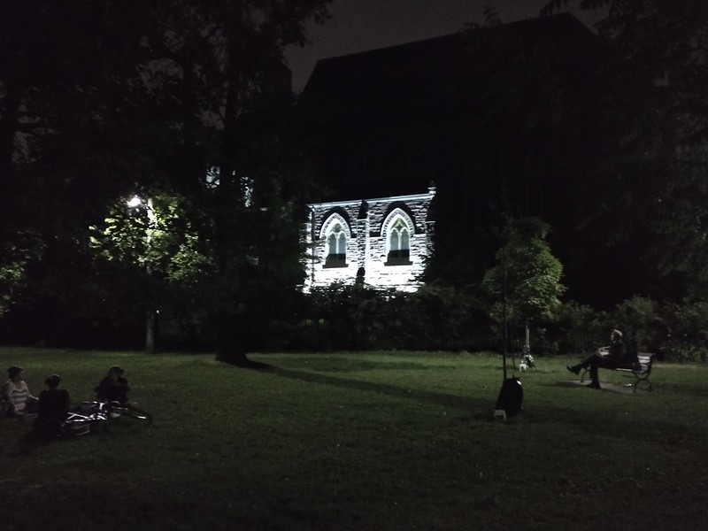 Socially distanced at St. Alban's Square, after 10 pm #toronto #theannex #parks #stalbanssquare #night #covid19toronto