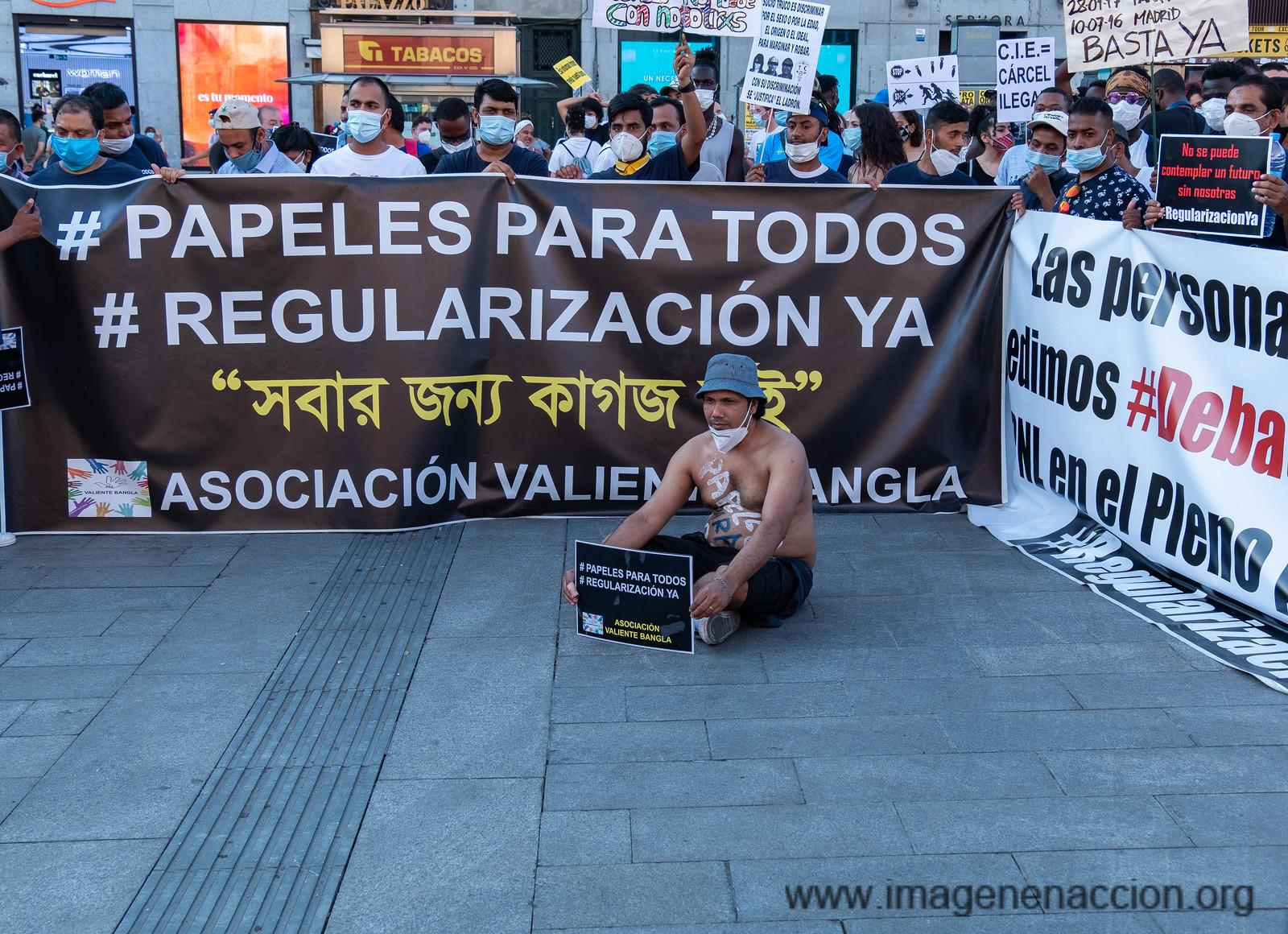 Imagen en Acción Manifestación Papeles para Todos