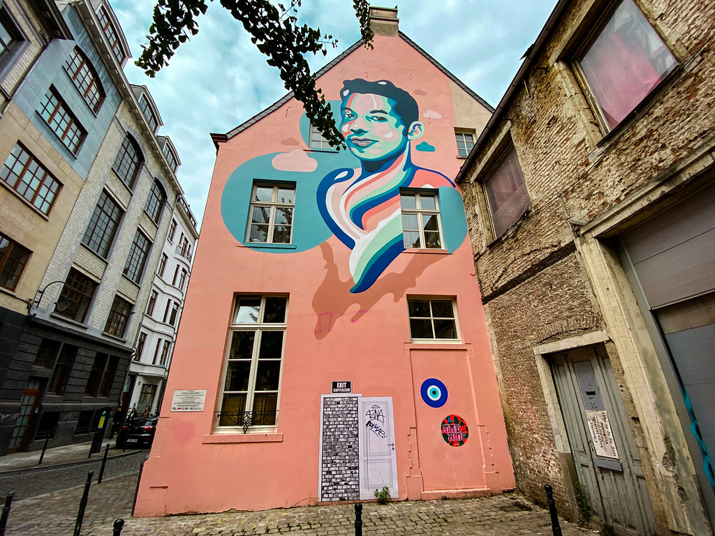 Steet Art Mural * L O V E  R E M E M B E R S * by Anthea Miss