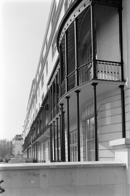 Bayswater Rd, Bayswater, Westminster, 1987 87-5g-63-positive_2400