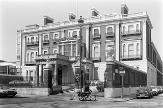 Hertford House, Manchester Square, Marylebone, 1987 87-5f-53-positive_2400