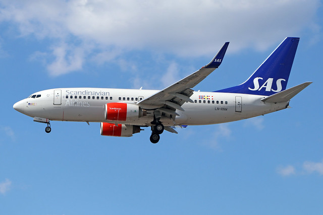 LN-RNW  -  Boeing 737NG 783/W  - Scandinavian Airlines System  -  LHE/EGLL 22/7/20