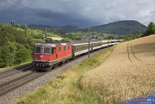Re 420 299 . SBB . IR 1978 . Hornussen . 17.07.20.