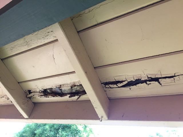 Rotten eaves
