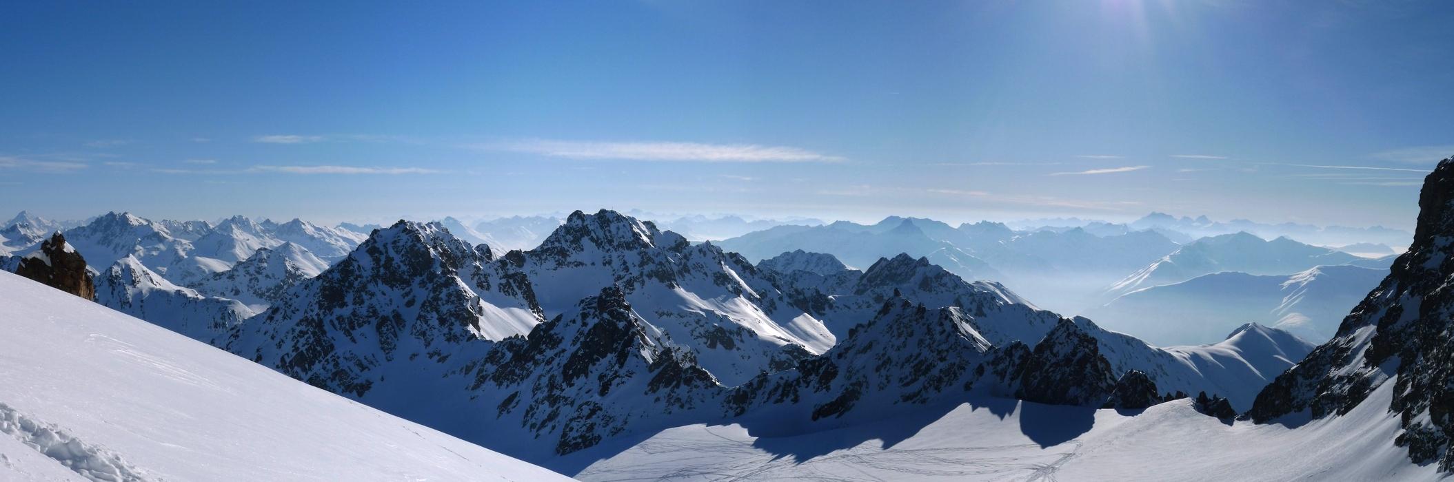 Piz Kesch - Chamanna Kesch Albula Alpen Švýcarsko panorama 27
