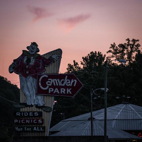camdenpark huntington wv westvirginia amusementpark themepark park sign clownsign entrance sunset 2020 nikon d5600 nikond5600 july neon classic old zachclarke2 zachclarke