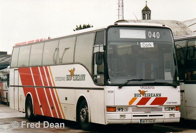 Bus Éireann VC 28 (96-D-24430).