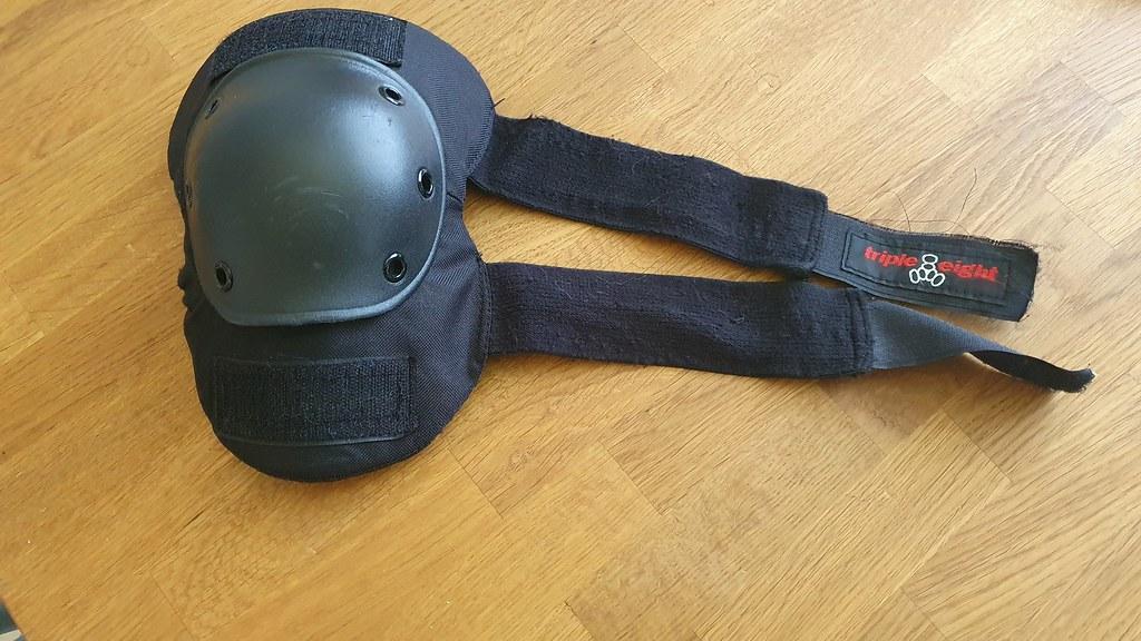 Kneeguard used when riding EUC