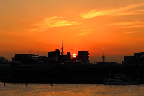 orange sunset sun goldenhour river kyuedoriver water sky cloud clouds skytree