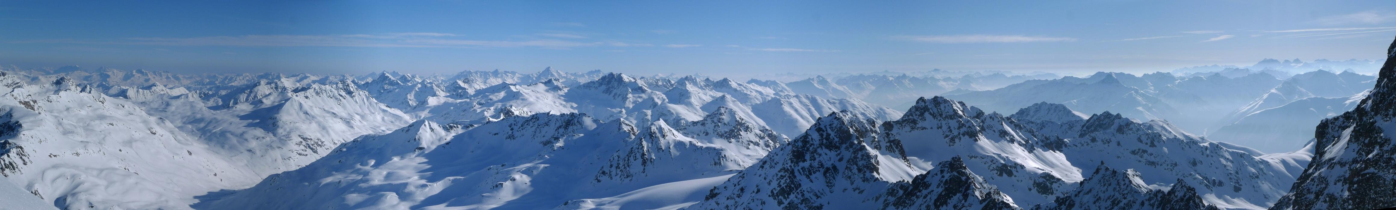 Piz Kech - Chamanna Es-cha Albula Alpen Switzerland panorama 01