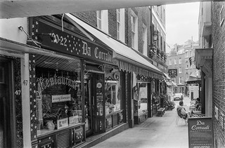 Shepherd Market, Mayfair, Westminster, 1987 87-5i-35-positive_2400