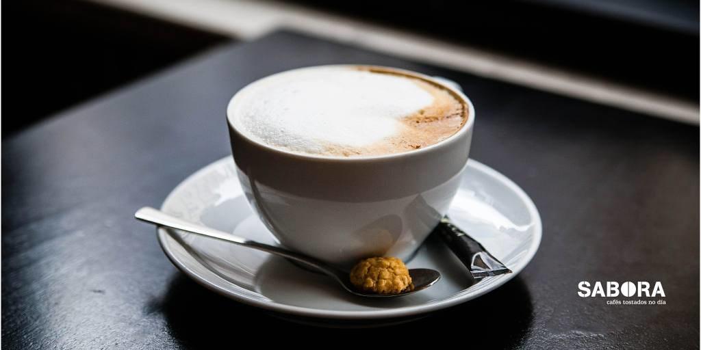 Cappuccino ao estilo italiano