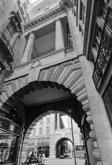 Air St, Piccadilly, Westminster, 1987 87-5m-33-positive_2400