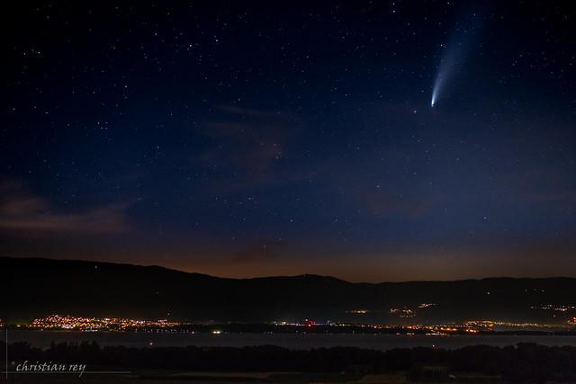 La Comète Neowise sur le Lac de Neuchâtel (Switzerland)