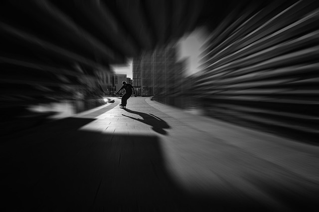 V&A Skater