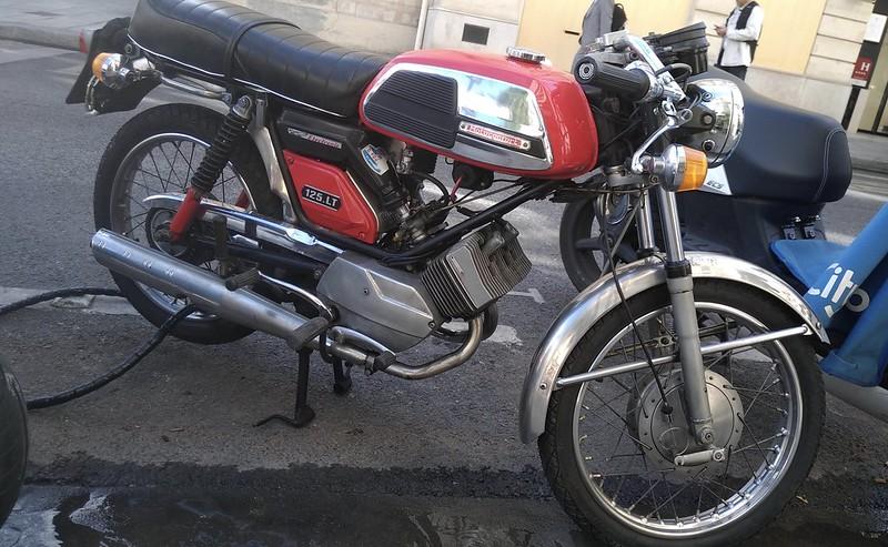 Motobecane Motoconfort 125 LT  50144892703_2260ce9419_c
