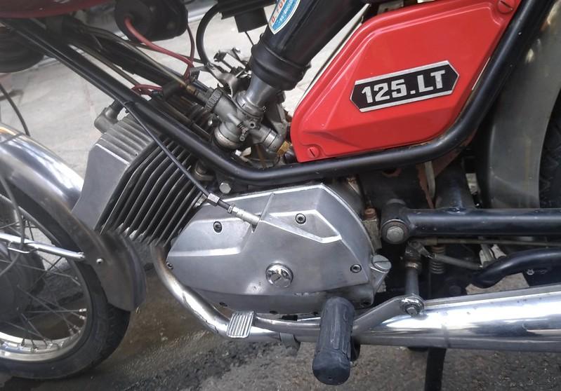 Motobecane Motoconfort 125 LT  50144893603_45e4fb8ebf_c
