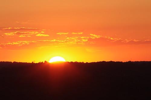 kitchener waterloo region mclennan park hill sunset sun set cloud sky orange ontario canada city takumar pentax cans2s telephoto 300mm 300 kx summer 2020 july manfrotto warm golden flare goldenhour hour