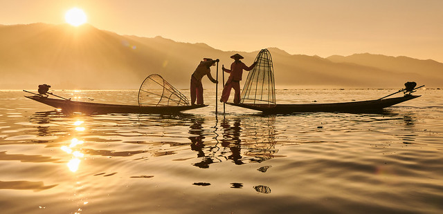 Leg Rowing Fishermen - Inle Lake, Myanmar