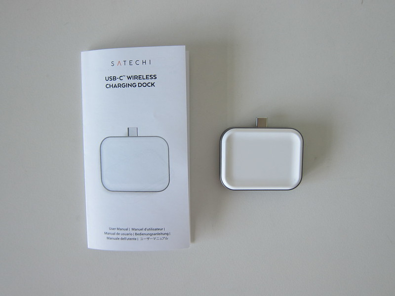 Satechi USB-C Apple AirPods Wireless Charging Dock - Box Contents