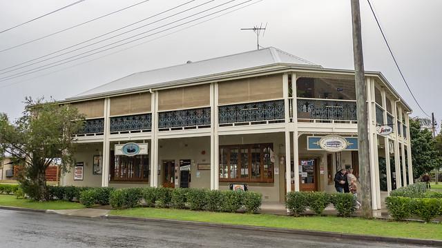 The Heritage Hotel - Gladstone NSW