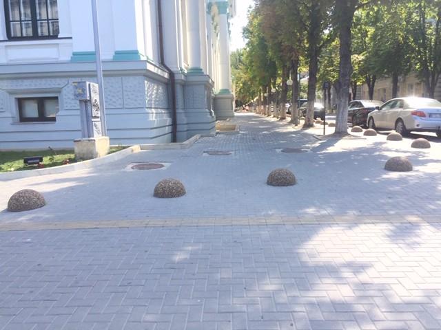 Persoanele cu dizabilități vor să aibă un cuvânt de spus la proiectarea și amenajarea spațiului public în mun. Chișinău
