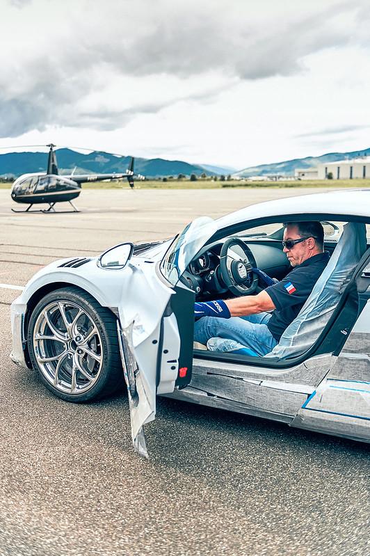 bugatti-divo-testing-6