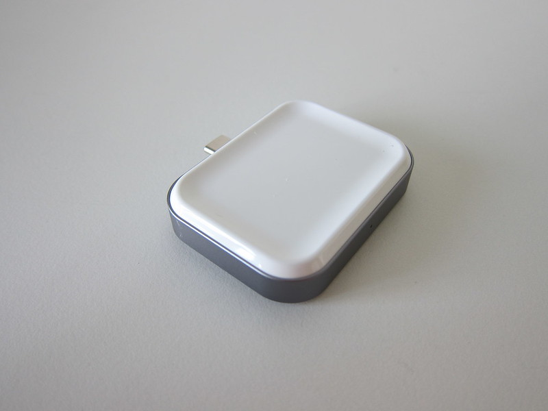 Satechi USB-C Apple AirPods Wireless Charging Dock