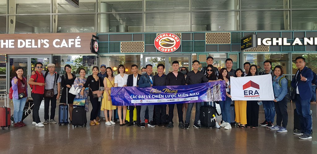 Team ERA Vietnam tham dự kickoff Wyndham Soleil Đà Nẵng 2