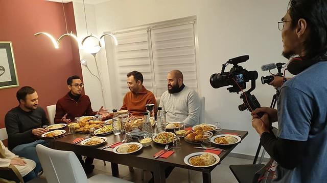 sesi temu bual dalam salah satu episod di Jerman