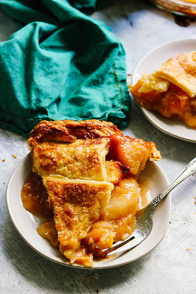 Peach Caramel Pie