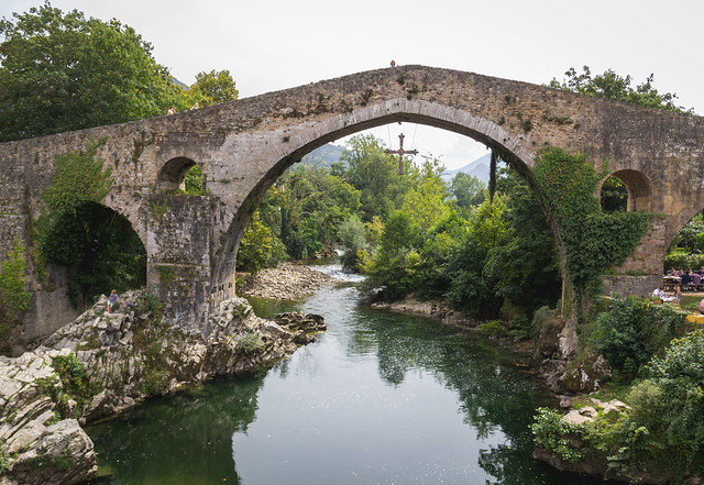 Spain - Asturias - Cangas de Onís - Medieval bridge over Sella river