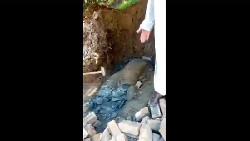 4 Orang Ditahan Setelah Hancurkan Arca Buddha Pakistan