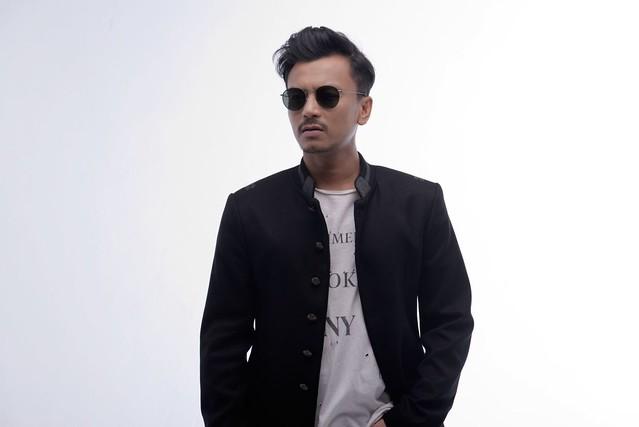 Faizal Tahir Jadi Payung Terjun FML