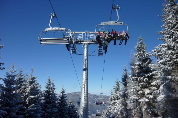 Deset let skiareálu Kouty a první šestisedačkové lanovky u nás (1.díl)