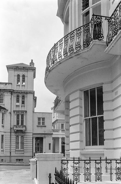 Stanley Gardens, Stanley Crescent, Notting Hill, Kensington & Chelsea, 1987 87-6d-11-positive_2400
