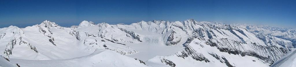 Grosser Aletschhorn Berner Alpen / Alpes bernoises Schweiz foto 01