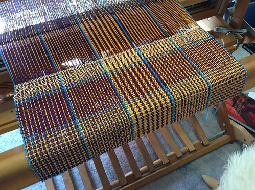 Colour and weave gamp design by Deb Essen on irieknit's Schacht Mighty Wolf loom