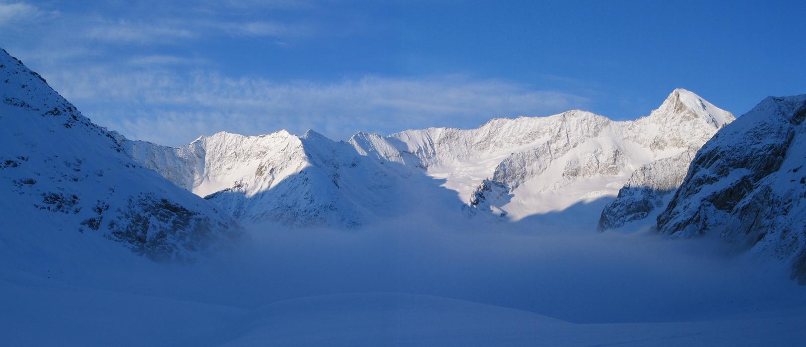 Grosser Aletschhorn Berner Alpen / Alpes bernoises Switzerland panorama 06