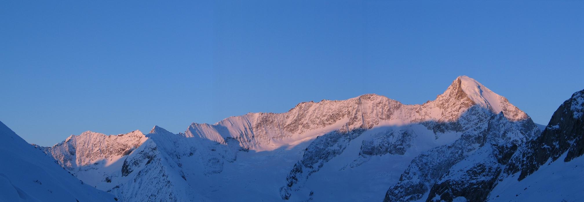Grosser Aletschhorn Berner Alpen / Alpes bernoises Schweiz panorama 03