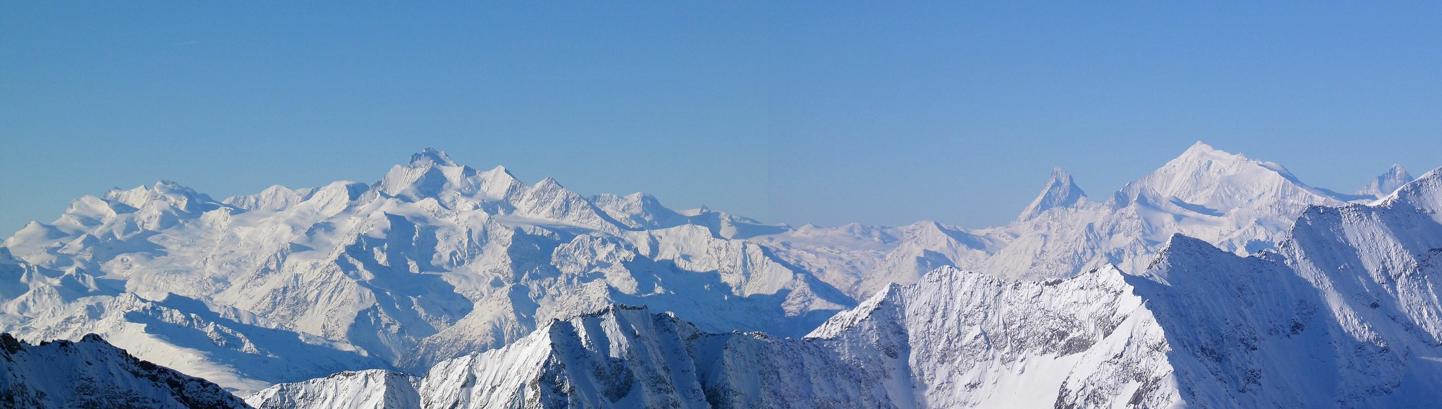 Grosser Aletschhorn Berner Alpen / Alpes bernoises Schweiz panorama 23