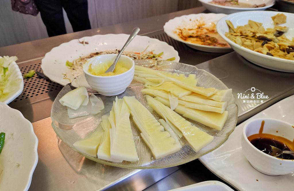 初一素食自助餐 台中素食19
