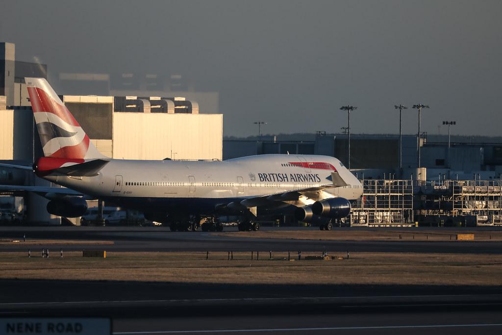 G-CIVV BRITISH AIRWAYS BOEING 747-400